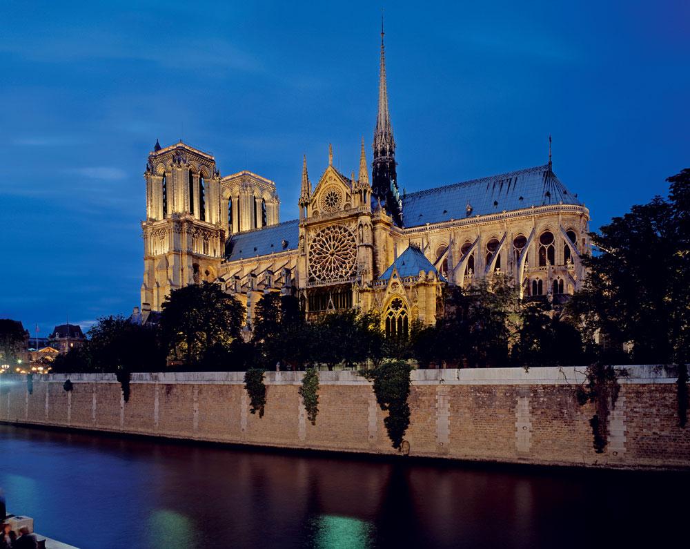 Nhà thờ Đức Bà Paris trước hỏa hoạn tháng 4/2019