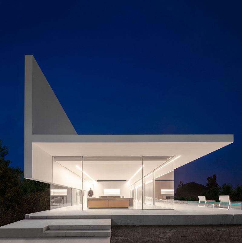 Phong cách kiến trúc Hi-tech
