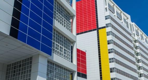 06-mondrian-building-the-hague-city-hall-color-block-minh-long